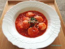 ふわふわ鶏団子のトマト煮