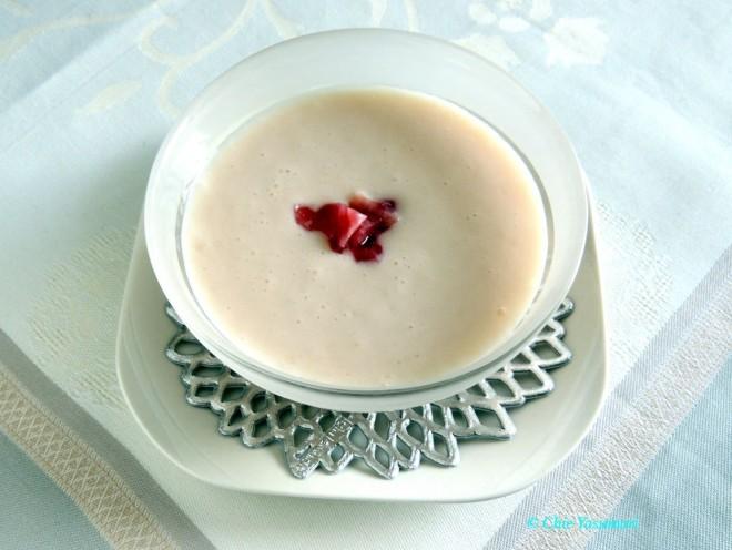 桃のスープ・クリームチーズ入り